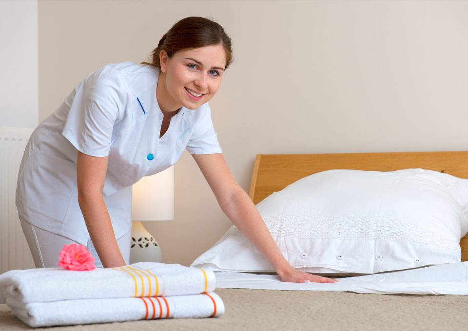 maids in Dubai tean cleaning services dubai